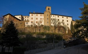 Castelmonte: santuario fortificato