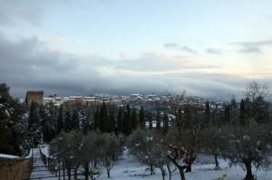 Perugia innevata, tramonto da Monteripido