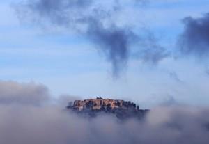 Un paese tra le nuvole