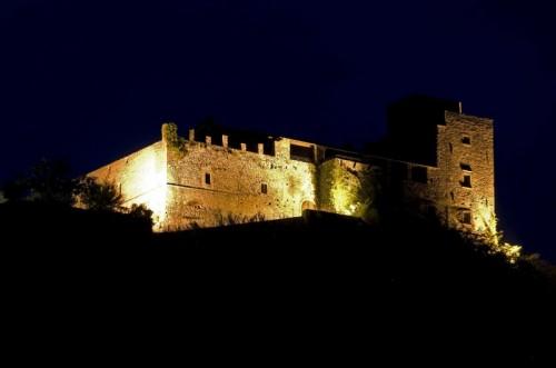 Mulazzo - notturno al castello di Lusuolo