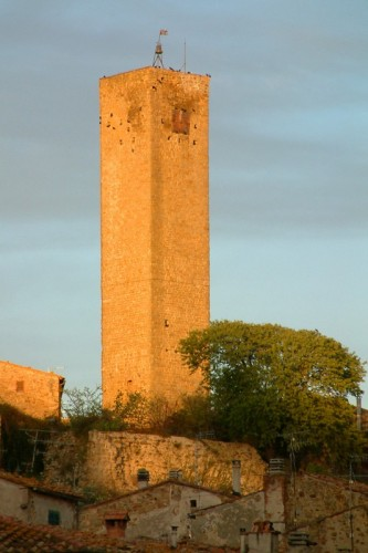 Magliano in Toscana - the tower
