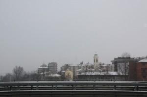 Milano lungo il Naviglio Grande vista dal Ponte Giordani