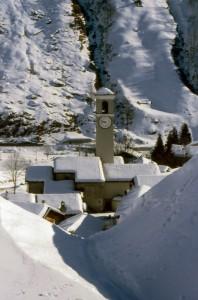 Paese incantato tra la neve