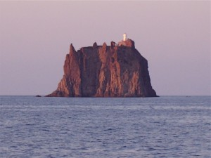Strombolicchio al tramonto