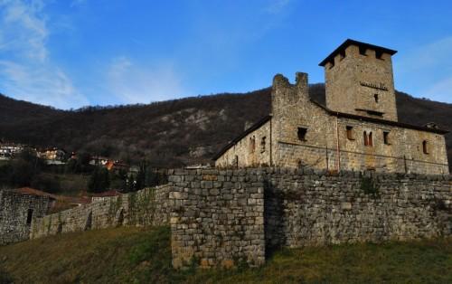 Bianzano - Prospettiva del castello