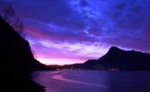 Alba rosata su Malgrate