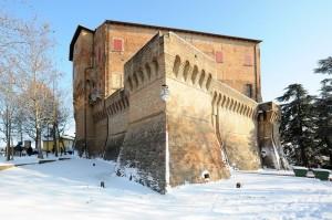 Nel castello, la quiete dopo la tempesta di neve