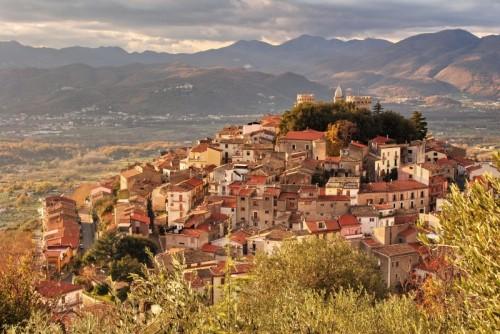Monteroduni - Tramonto sul borgo