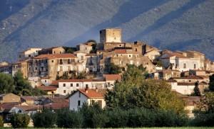 Torre e borgo medievale