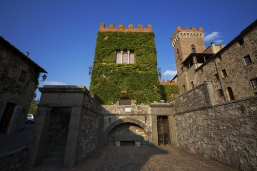 Montecatini Val di Cecina - Querceto e il suo Castello
