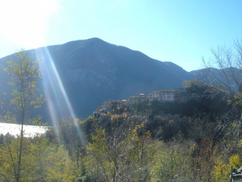 Porlezza - frazione di Castello: .......il raggio