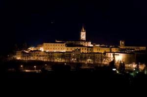 """Panorama Notturno di  """" Montecassiano """""""
