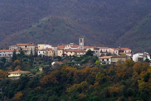 Sant'Andrea del Garigliano - Un paese in linea
