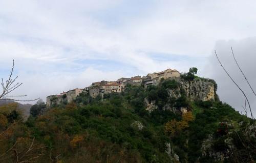 Sant'Andrea del Garigliano - Altro paese su di un costone