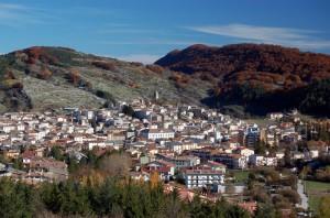 Rocca di Mezzo vista dalla Fonte Nascosta
