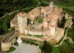foto aerea di vigoleno