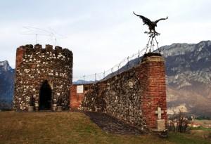 Quello che rimane del Castello di Velo