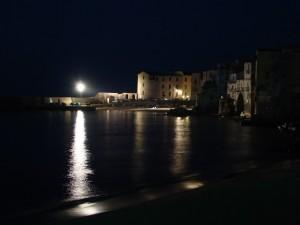 Cefalù notturno del molo