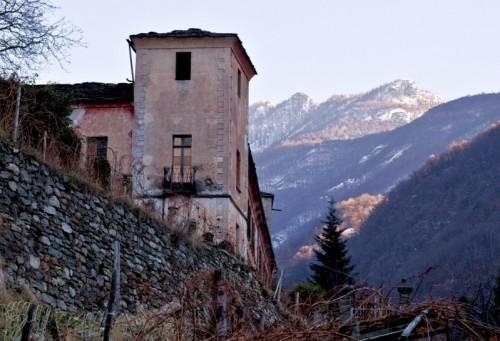 Arnad - Castello Vallaise2_Arnad