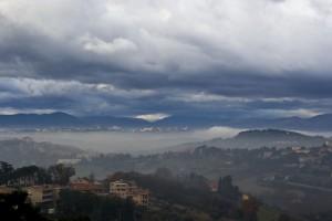 """Pollenza """"Sopra la Nebbia """" dal mio terrazzo"""