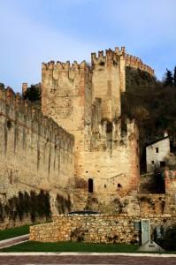 Lato EST del castello di Soave