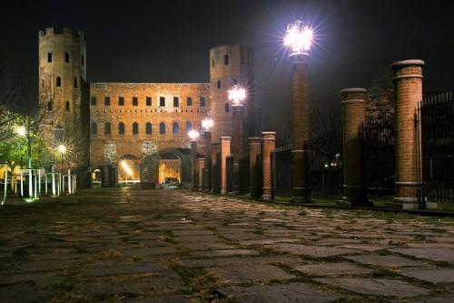 Torino - Porte Palatine illuminate a festa...