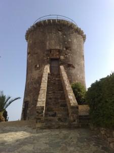 Torre di Panei a Pompeiana (IM)