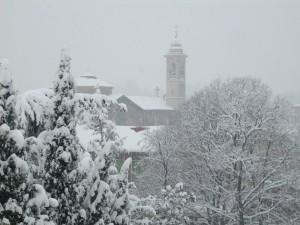immobile sotto la neve