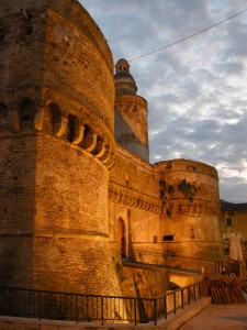 Castello Caldoresco al Crepuscolo