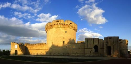 Matera - Luci e ombre sul Castello Tramontano