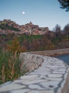 La via per Castiglione