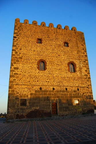 Motta Sant'Anastasia - Il Castello di Motta