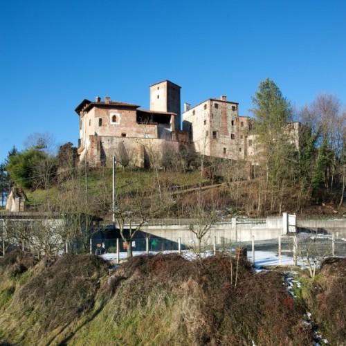 """Massazza - Castello di Massazza ora """"Rocca dei Cavallari"""""""