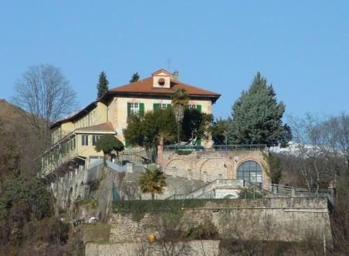 Baldissero Canavese - castello prima,ora scuola