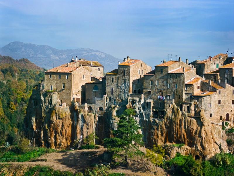 ''Le case sul tufo'' - Pitigliano