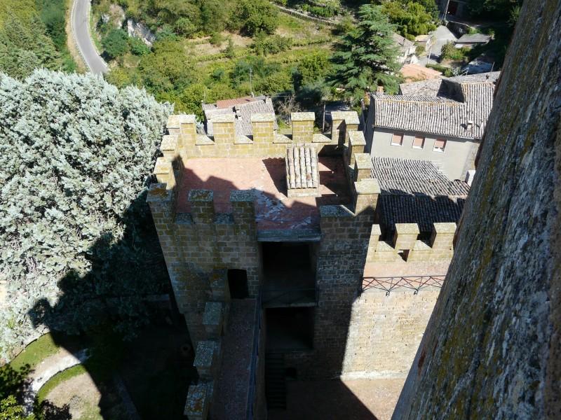''camminamenti di guardia del Castello di Proceno -XII° secolo-'' - Proceno