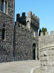l'entrata del castello di Torre Alfina