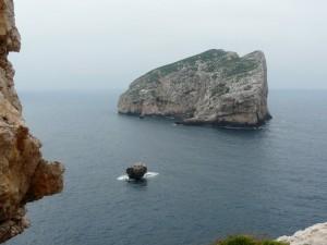 L'isola Foradada a Capo Caccia