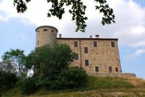 Il castello di Viano