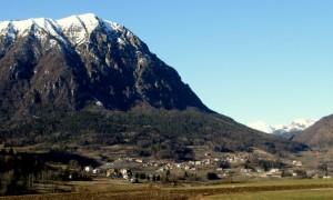le frazioni Cornelle, Balbido e Rango all'imbocco della Val Marcia, rifugio delle streghe