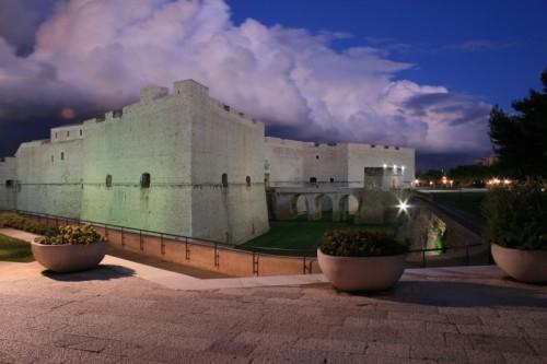 Barletta - Castello in abito da sera