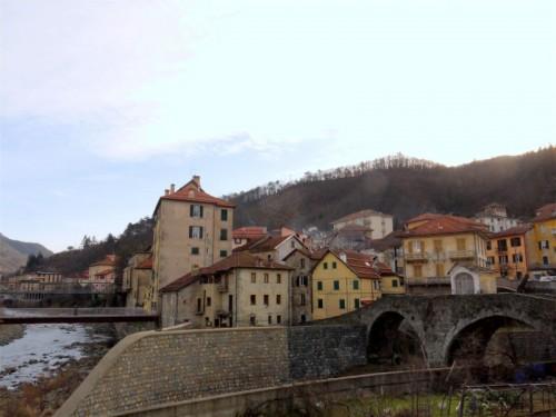 Rossiglione - al confine con il Piemonte.....