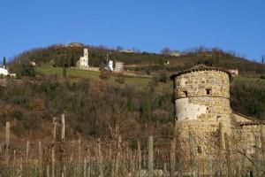 Torre trecentesca nel borgo storico di Cormons