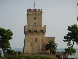 Torre sull'antico porto romano di Cerrano