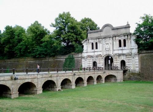 Parma - La porta della Citadella