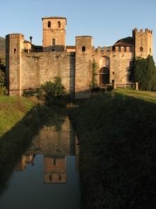 Castello di Valbona riflesso