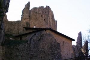 Castel Corno - ruderi