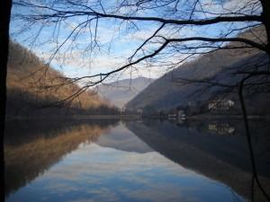 Canzo e il Lago del Segrino
