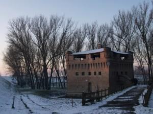 La Rocca di Stellata nella neve