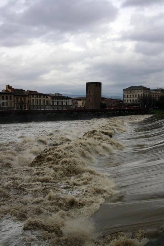 ''L'Arno in tempesta'' - Firenze